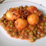 Seppie in umido al pomodoro con piselli ricetta facile e veloce