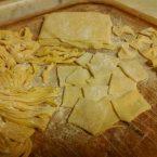 Come fare la pasta all'uovo fresca fatta in casa,ricetta classica