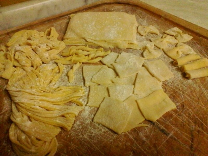 Pasta all'uovo fresca fatta in casa